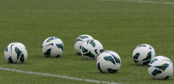 Borussia Dortmund Ubernimmt Die Fuhrung In Der Bundesliga